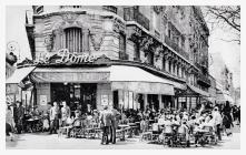 Cafe du Dome, Paris. Early 20th century.