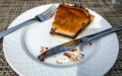 une tarte de poire chocolat