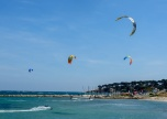 190418_035_Antibes paragliders
