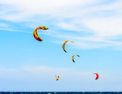 190420_431_Parachute surfing