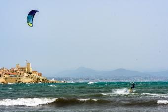 190422_267_kitesurfing