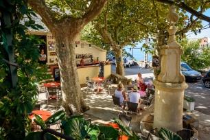 Café de la Tour in the heart of Nonza.