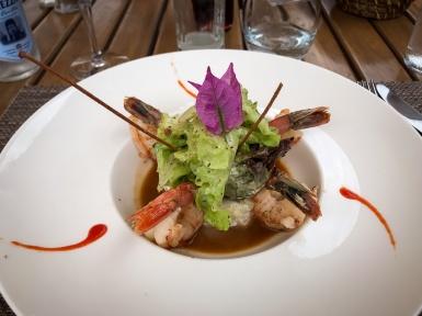 Entrée: Queues de crevettes sauvages grillées Fenouil et moutarde à l'ancienne